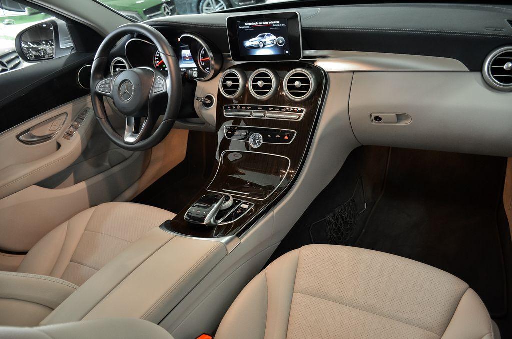 W205 C180 Exclusive 2015 - R$ 124.900,00 ALM_2121